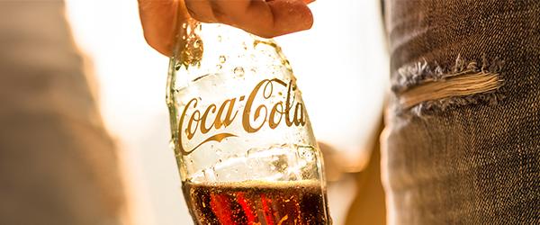 Concorso Coca Cola: vinci Set Personalizzati!